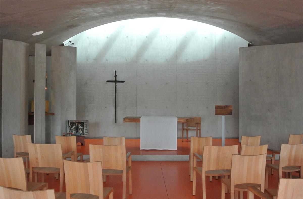 ロンシャン8-内部-レンゾピアノの礼拝堂
